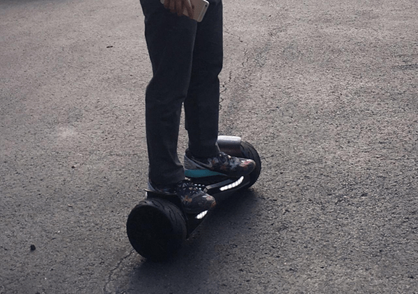 Evercross EL-ES04 Hoverboard On Road