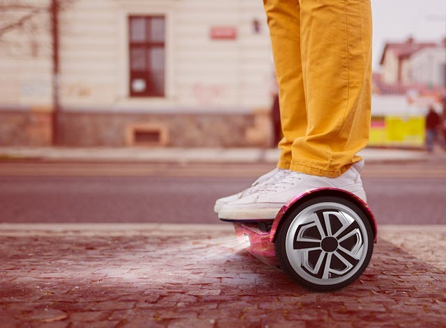 OXA Hoverboard On Road
